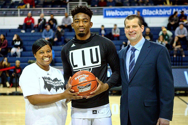 Raiquan Clark '15 and the 1000-point ball